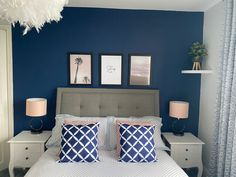 Blue Feature Wall Bedroom, Navy Bedroom Walls, Dulux Feature Wall, Navy Bedroom Decor, Blue Master Bedroom, Navy Bedrooms, Small Room Bedroom, Home Bedroom, Teen Bedroom Designs