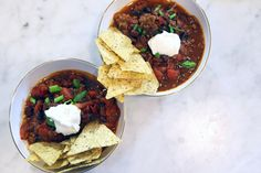 Dinner in five: My fastest, easiest meals yet | 5-Ingredient Instant Pot Chili recipe by Stacie Billis at One Hungry Mama