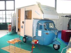 A Vespa camper, who would have thought that. I'd love to have one – Ted You can see some guys building one here Part1  – Part2  – Part3  – Part4  – Part5…