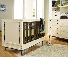 Young America Mix Two Tone Crib Brown Cream