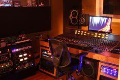 The Controll room sneak attack recording studio studio    sneak attack recording studio    doo wop shop    www.doowop.com    www.sneakattackrecording.com
