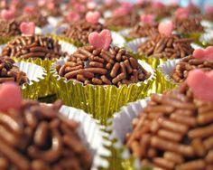all you need is love  http://www.facebook.com/adorobrigadeiros1