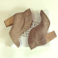 Steve Madden vintage style booties  Cute studded lined taupe booties. Perfect to pair with maxi or mini dresses, shorts, leggings and jeans! Cute for everyday wear. Date night outfit: moto jacket, shorts, these booties and a simple T-shirt, with layered necklaces. 7.5 but fits like a 7. Steve Madden Shoes Ankle Boots & Booties