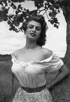 "summers-in-hollywood:  ""Sophia Loren, 1955. Photo taken by Philippe Halsman  """