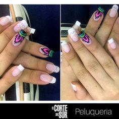 #Manicure ¡Dale a tus manos un toque de color y estilo! Esta es una linda creación de nuestra talentosa manicurista profesional Liliana Ibarguen, ideal para tu día a día. Separa tu cita en nuestro PBX: 5522309. #Tenemostiempoparati