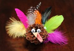 pinecone crafts ideas - Site about Children Pinecone Ornaments, Pine Cone Crafts, Pine Cones, Christmas Crafts, Bee, Children, Ideas, Young Children, Honey Bees