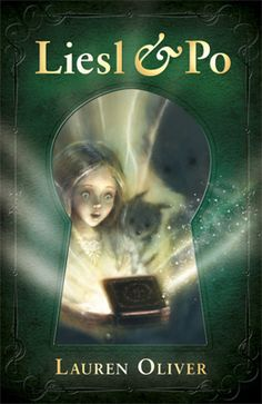 A delightful, scary and magical novel for children aged 8-12 from bestselling author Lauren Oliver. C enjoyed