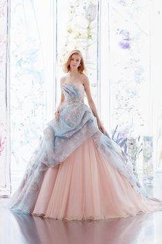 Utterly blown away by this pastel gown from Hardy Amies London featuring romantic floral embroideries! Elegant Dresses, Pretty Dresses, Ball Dresses, Evening Dresses, Ball Gowns, Fantasy Gowns, Fairytale Dress, Mode Outfits, Beautiful Gowns