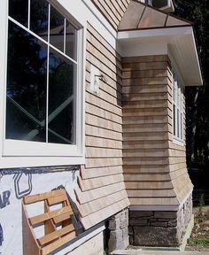 Prefabricated Wall Flare w/Custom Flare Corners - Cedar Valley Manufacturing Cedar Shingle Siding, Cedar Shake Siding, Cedar Shingles, House Siding, Exterior Siding, Exterior Design, Cedar Homes, Prefabricated Houses, Architecture Details