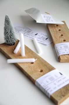 DIY Idee: moderner Adventskranz aus Holz im skandinavischen Stil / diy idea: mod. : DIY Idee: moderner Adventskranz aus Holz im skandinavischen Stil / diy idea: modern advent wreath scandinavian style made from wood Winter Christmas, Christmas Time, Christmas Crafts, Merry Christmas, Christmas Decorations, Scandinavian Christmas, Scandinavian Style, How To Make Wreaths, Holidays And Events