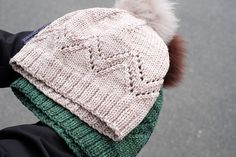 This whimsical hat is the perfect accessory for fall and beyond. A quick and rewarding knit that uses Magpie Domestic Worsted to achieve great stitch definition.