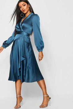 """Shop for products from Ankita Singh's board """"Sultry satin dresses for the sensuous you"""" on Charmboard Dress Outfits, Dress Up, Fashion Outfits, Dress Clothes, Midi Skater Dress, Wrap Dress Midi, Frack, Bodycon Fashion, Going Out Dresses"""