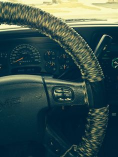 Paracord steering wheel cover