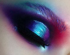 "1,395 Likes, 21 Comments - Soroka Iryna (@sorokairyna) on Instagram: ""❤️💙 #mua #makeup #love #fashion #colorful #purplemakeup #makeupartist #makeupmadness #instamood…"""