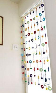 fun crochet window treatment.