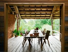 Want a covered deck or partially covered deck? Check out our amazing photo gallery featuring 23+ amazing and diverse covered deck options #covered+deck #decks