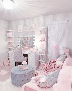 Pink Bedroom Decor, Bedroom Decor For Teen Girls, Girl Bedroom Designs, Room Ideas Bedroom, Teen Room Decor, Small Room Bedroom, Beauty Room Decor, Makeup Room Decor, Cute Room Decor
