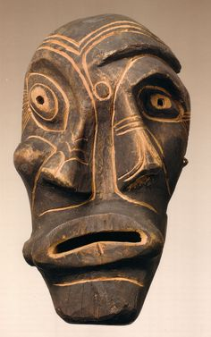 so influential : Kiiappak mask; Groenland Inuit, beginning - Musée du Quai Branly, Paris Inuit Kunst, Arte Inuit, Inuit Art, Portrait Sculpture, Art Sculpture, Arte Tribal, Tribal Art, African Masks, African Art
