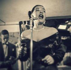Billie Holiday Singing