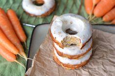 coconut flour carrot cake donuts with cream cheese glaze Coconut Flour Banana Bread, Banana Flour, Carrot Cake Muffins, Coconut Flour Recipes, Banana Bread Muffins, Paleo Donut, Carrots N Cake, Gluten Free Banana, Homemade Donuts