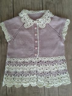Knitting For Kids Baby Knitting Crochet Baby Baby Dress Lace Tops Summer Blouses Crochet Clothes Coast Coats Baby Sweaters Knitting For Kids, Baby Knitting Patterns, Hand Knitting, Crochet Bebe, Knit Crochet, Knit Baby Dress, Summer Blouses, Baby Winter, Baby Sweaters