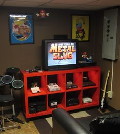 Savvy and Inspiring video game room setup ideas you'll love Game Room Decor, Room Wall Decor, Room Decorations, Bedroom Games, Bedroom Ideas, Game Room Basement, Video Game Rooms, Video Games, Gaming Room Setup
