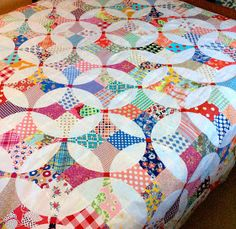 nifty quilts: Flowering Snowball Top is Done! Plus a Pin Trick.