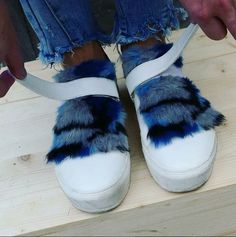 In love with these Vanessa Wu sneakers.