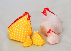 Some cute origami chickens for Easter! These inflatable hens are designed by Leyla Torres and are an innovative twist on the traditional origami water balloon. They double as a unique way to store chocolate eggs and other easter treats. Original video tutorial here: http://www.origamispirit.com/2011/01/video-on-how-to-fold-an-origami-abundance-hen/.