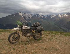 """""""Mi piace"""": 2,601, commenti: 12 - Scrambler Ducati (@scramblerducati) su Instagram: """"Rain, wind, mud...no fear, the #desertsled dominates the mountain.⛰ #scramblerducati…"""""""