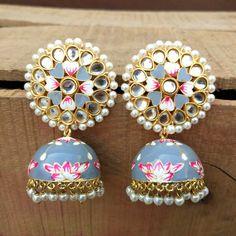 Indian Bridal Jewelry Sets, Indian Jewelry Earrings, Fancy Jewellery, Jewelry Design Earrings, Jewellery Shops, Boho Jewelry, Bollywood Jewelry, Hand Painted, Silver Jhumkas