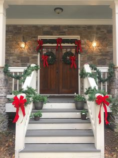 Gorgeous holiday front porch decor