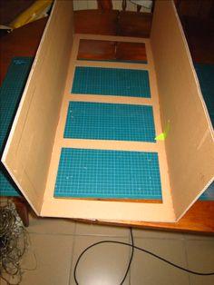 Réaliser un meuble en carton avec la technique du boitage. Une méthode de cartonnistes pour fabriquer des meubles beaucoup plus solides.
