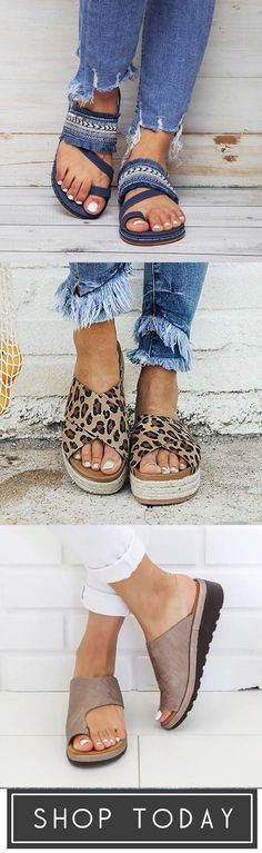 Comfy & Cute Shoes For You - Sandals - Schuhe Cute Sandals, Cute Shoes, Me Too Shoes, Fashion Slippers, Fashion Shoes, Fashion Outfits, Comfy Shoes, Comfortable Shoes, Fashion Mode