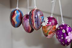 Ostern Christmas Bulbs, Holiday Decor, Diy, Home Decor, Easter, Homemade Home Decor, Christmas Light Bulbs, Bricolage, Do It Yourself
