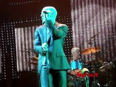 R.E.M. - SHE JUST WANTS TO BE - Amazing LIVE VERSION Bologna, Live, Amazing