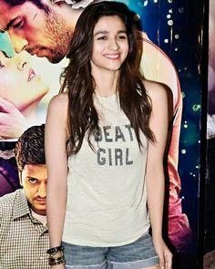 """1,033 Likes, 5 Comments - Alia Bhatt FC (@aliabhattsquad) on Instagram: """"@aliaabhatt . . #alia #bhatt #aliabhatt #alia_bhatt #bolly #bollywood #actress #bollywoodactress…"""""""