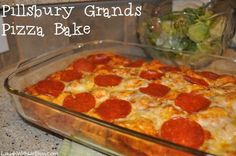 Pillsbury Grands! Pepperoni Pizza Bake Recipe (Easy and yummy! 30 min.) #PillsburyBiscuits #spon ~LaughWithUsBlog