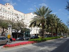 Miracle Mile, Coral Gables / Miami, Florida – Miami is just a half hour plane ride from Nassau, Bahamas.  Might as well pop over for a visit.  I had to pin this because this is where I was born.  When I attended the University of Miami, I often shopped on Miracle Mile.  There was convenient public transportation from the university to the mile and back.
