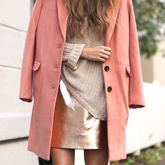 ✨ I love this colour combo! #outfit #details #custommade #coat #metallic #pink #knit #justfemale #streetstyle