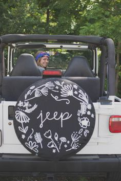 Love jeeps--Dream vehicle--too cute and I especially like the tire cover