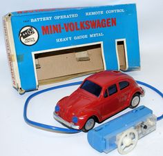 Vintage Battery Op Remote Control Tin VW VOLKSWAGEN Beetle, Bandai Japan