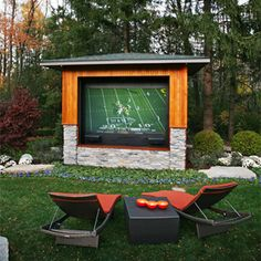 Outdoor Theater Features a Hidden 9-Foot HDTV