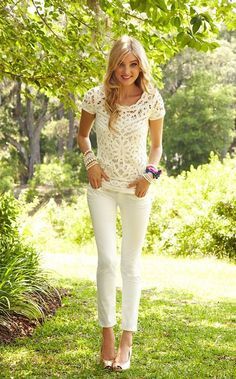 Cute White Top and White Pants. Get more items like this at discounted priced here - http://www.studentrate.com/fashion/fashion.aspx