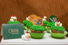 Cupcakes at a Legend of Zelda Party #legendofzelda #partycupcakes