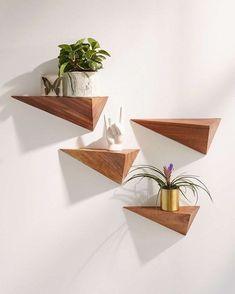Wood's Geometric Shelf •••••••••••••••••• âun Od &  #dekowohnung #geometric #shelf #interiordesign