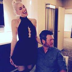 Pin for Later: Blake Shelton and Gwen Stefani Only Have Eyes For Each Other at the Billboard Music Awards