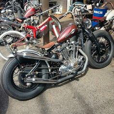 Sportster Chopper, Hd Sportster, Harley Bobber, Bobber Motorcycle, Baroque, Old Scool, Bizarre, Vintage Bikes, Cool Bikes