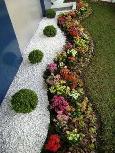 Fascinating White Gravel Landscaping That Will Amaze Everyone. Fascinating White Gravel Landscaping That Will Amaze Everyone. Gravel Landscaping, Gravel Garden, Landscaping With Rocks, Front Yard Landscaping, Landscaping Ideas, Backyard Ideas, Garden Edging, Rocks Garden, Acreage Landscaping