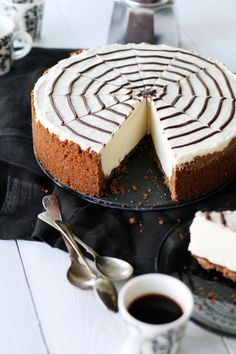 Halloween cheesecake inspired by Martha Stewart | Fanni & Kaneli